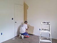 匠の技。一部屋約9分で塗り終えちゃう内装屋さんのお仕事拝見ビデオ。