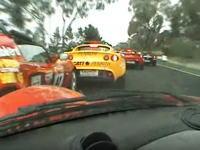 ごぼう抜きレーシング。オープニングラップで15台をぶち抜いたロータスエリーゼ車載。