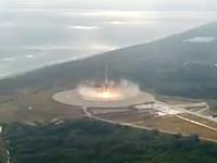 Falcon9ロケットの100点満点の垂直着陸のシーンをオンボード映像とドローン空撮で。