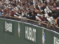 WBCキューバ戦で日本のホームランを少年がキャッチして無効にwwww