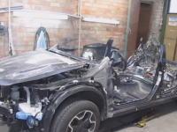 車修理動画。こんなん全損やん(´・_・`)というスバルXVを直す方法。凄すぎるけどどうなの。