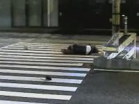 魔の交差点か。神戸市東灘区にある異常に事故が多い交差点のビデオ。