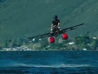 これはアリかもしれない。新しいタイプの水上航空機ができた動画。