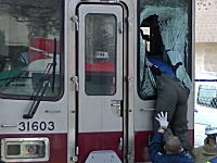 東武練馬駅で発生した快速電車への飛び込み事故の動画がキテマシタ。