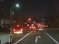 いやいやいやwwwなんだそれww秋田で撮影されたプリウスの呆れた運転。