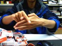 誰もがやった事のある親指が取れるマジック。あれを極めるとこんなに凄い。