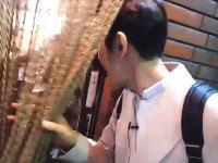 京都木屋町の飲食店に入ろうとした韓国人がファッキンコリアと追い出される動画が話題。