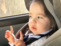 可愛すぎワロター。ブルーノ・マーズの楽しみ方を知っている幼女のビデオが人気に。
