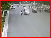 安定の中国。事故を起こして怪我させた相手をボコるというか刺し殺して逃走。