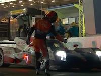 ル・マン24時間耐久レースで可夢偉を騙したこいつは誰だ(´°_°`)