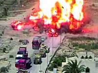 タンク操縦手の機転。爆発物を積んだテロリストの車を踏みつぶしてみんなを救う。
