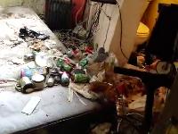 ゴキブリの巣と化したゴミ屋敷。こんな部屋で生活してた奴がいるんかよ(((゚Д゚)))