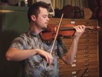 安いヴァイオリン(6800円)と高いヴァイオリン(3135万円)の音色を聞き比べ。