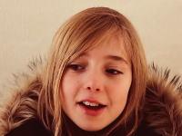 美しい18歳が出来上がるまで。0歳児からの成長の記録を5分半に縮めたビデオが人気。