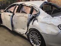 事故車はこうして蘇る。リペアの達人による廃車状態のBMW7を修復する方法。