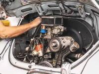 1973年ビートルのエンジンをリビルトする作業の様子を3万枚の写真でタイムラプス。