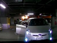 岡山のスーツDQN短気すぎるだろ(´・_・`)駐車場でプリウスに絡まれたドラレコ。