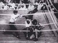 約100年前のボクシングがむごい。デンプシー・ロールに何度も倒れる世界ヘビー級チャンピオン