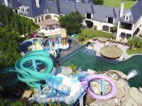 動画で見る世界の大豪邸。プールが枚方パークかよwww敷地面積4.4エーカーで25.6億円。