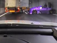 18日新東名で起きたスーパーカー同士の事故。その暴走シーンと事故現場の映像。