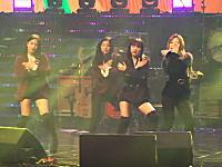 やりにくいwww北朝鮮でK-POPアイドルが踊るとこうなる動画。