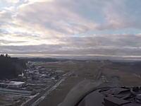 青森県の山間部を超低空飛行するF-16戦闘機のコクピットビューが投稿され話題に。