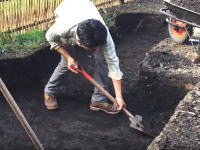 素敵な庭造り「自宅の庭にDIYで池を作る」金林広幸さんの動画がおもしろい。