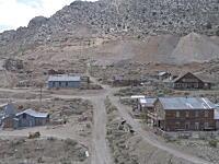 カリフォルニアで廃墟となった鉱山の街全体が92万ドルで売りに出される。