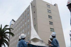 ホテル 沖縄 飛び降り