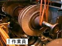 危機一髪!ジェットエンジン製造工場で巨大な部品が落下!こわい(@_@;)