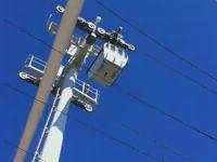 自殺未遂。ロープウェイの鉄塔から飛び降り自殺を図った女性が生還する動画