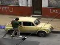 ちょwwwwwこれは新しい車の盗み方wwwwwちょっとウケルwwwwww