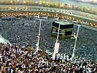 メッカ巡礼が凄すぎる動画。イード・アル=アドハーにマスジド・ハラームを訪れる人々