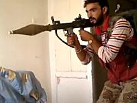 リビングルームからRPGを発射するとやっぱりこうなる動画。自由シリア軍