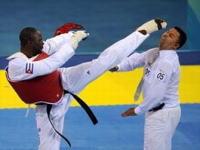 北京五輪テコンドーの選手が審判にハイキックで永久資格停止