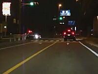 岐阜県?パトカーが事故を起こしそうになる瞬間を撮影したドライブレコーダー