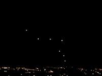 ガザから撃ち込まれたロケット弾をイスラエルの防衛システム「アイアンドーム」が迎撃している様子