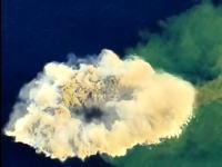 世界で最も活発な海底火山の一つとして知られるKavachiの驚くべき映像