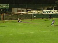 サッカーのPKでびっくりハプニング。時間差ゴールで勝ち負けが入れ替わる