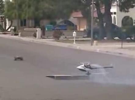 ラジコンカー vs ラジコンヘリコプター