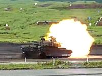 10式戦車。スラローム走行しながら主砲をぶっ放し的に命中させる能力。