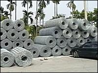 工場見学。普段何気なく目にする「金網」はこうして作られる。メカメカ動画。