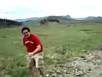 やっぱり小太りは落ちに最適動画。小川ジャンプに失敗してギャーッハッハ