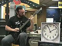 新しくギネスに世界一と認定されたギター速弾き。600 BPM ジョン・テイラー
