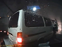 日本国内で撮影された事故の瞬間のドライブレコーダー映像集。23分間。