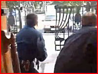 ロシアで銃撃戦を撮影していたカメラマンが撃たれ命を落とす その一部始終を捉えた映像
