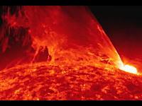 NASAが公開したSDO極紫外線望遠鏡による太陽観測の大迫力の映像