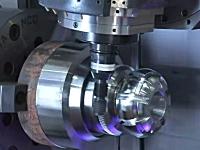 高性能な工作機械は美しい。複雑な形を削りだせるマシニングセンタCTX TC