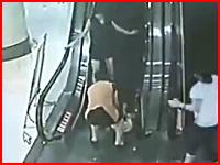 エスカレーターに挟まれて左足を切断されてしまった少女の監視カメラ映像