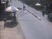 2バイク1殺。ミャンマーのゲートの人が極悪すぎる。首にゲートがガチーン!